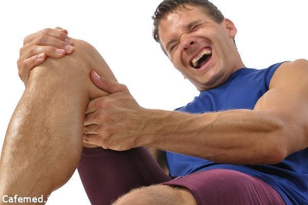 گرفتگی عضلات پا؛ دلایل و درمان