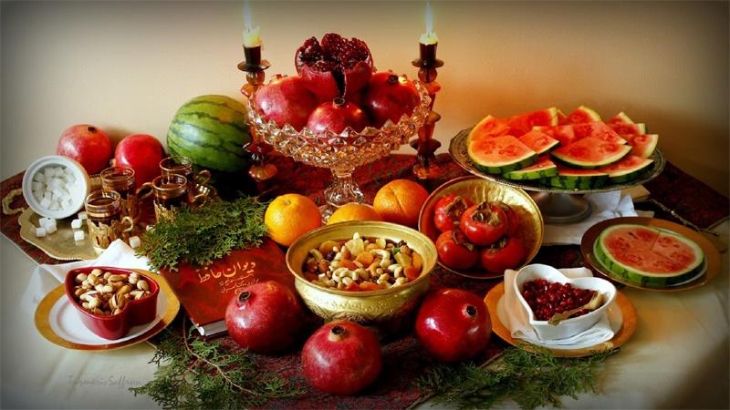 توصیههای غذایی برای شب یلدا
