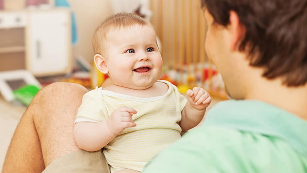 نوزادان چه موقع بعد از تولد شروع به شنیدن می کنند؟